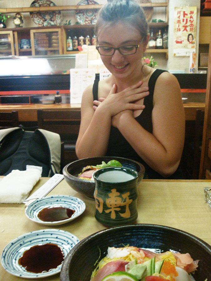 Je suis une INCORRIGIBLE amoureuse du Japon. En grande partie car je ne me lasse pas de la bouffe... ;)