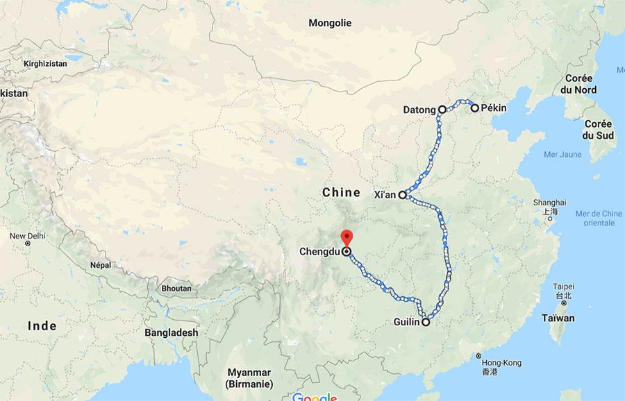 Je ne suis pas mécontente de mes choix finaux car, en un mois, j'arrive à couvrir des paysages assez variés sans bouger tous les deux jours (j'ai horreur de ça). Le parcours démarre à la capitale et se termine à Chengdu, principale ville du Sichuan.