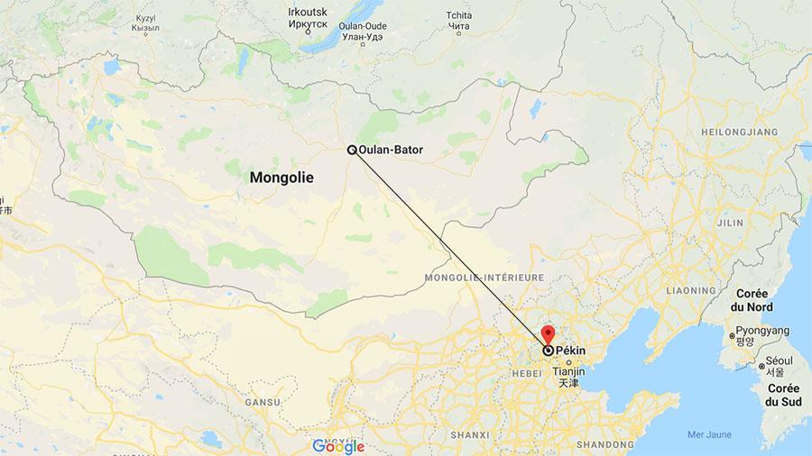On aperçoit, en jaune, le désert de Gobi qui s'étend entre la Mongolie et le Nord de la Chine...