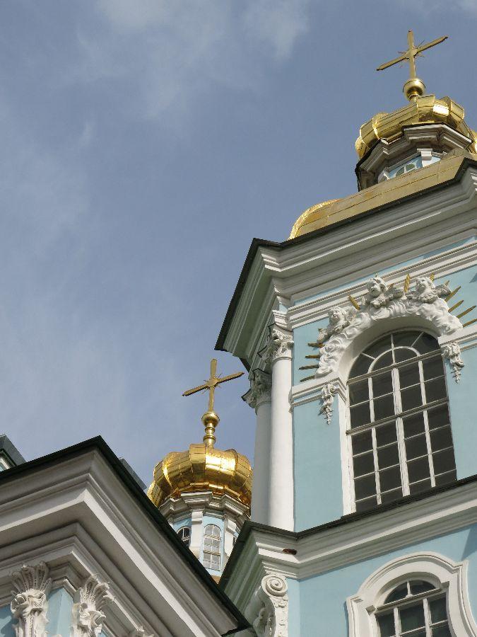Et enfin, ma chouchoute : la très rococo cathédrale St Nicolas :)