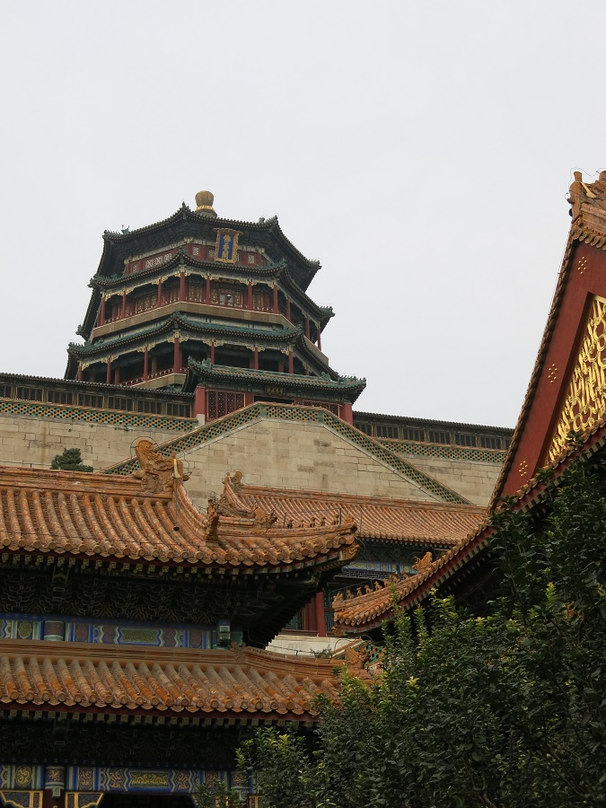 Toujours dans le Palais d'Été, mention spéciale pour la Tour de l'Encens Parfumé, où venait prier la fameuse impératrice Cixi. Une bonne grimpette...
