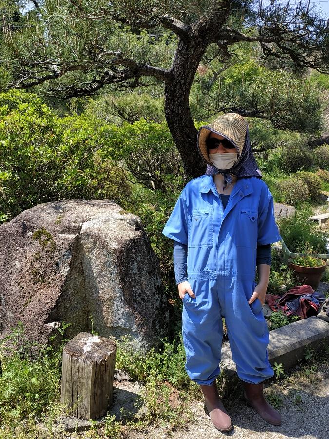 """Depuis début mai, il fait très chaud dans la journée, même ici dans les Alpes japonaises... D'où mon délicieux look à la Laura Ingalls ^^"""""""