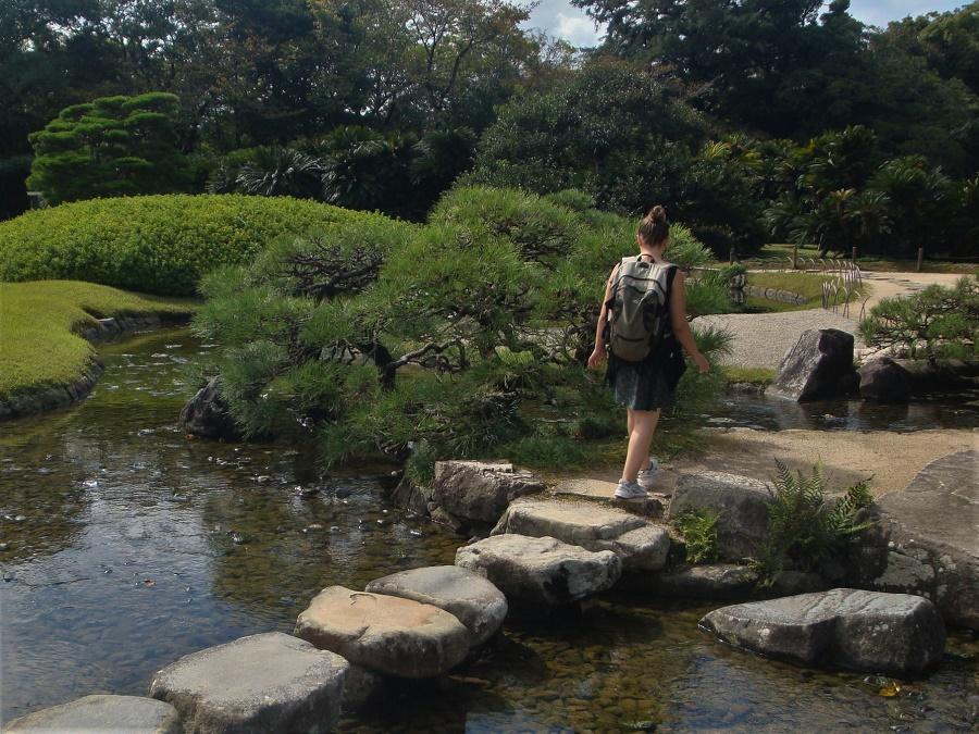 J'ai beaucoup de plaisir à voyager seule au Japon. De tous les les pays que j'ai visités, c'est de loin celui où je me sens le plus en sécurité, en tant que voyageuse comme en tant que femme.
