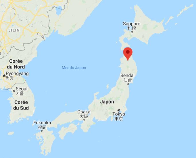 Le lac Towada est niché au creux des montagnes du parc national de Hachimantai,  dans la préfecture d'Aomori. Nous sommes donc dans l'extrême nord de Honshu, l'île principale de l'archipel japonais.